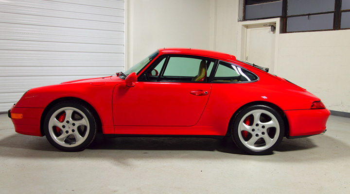 POrsche 993 guards red